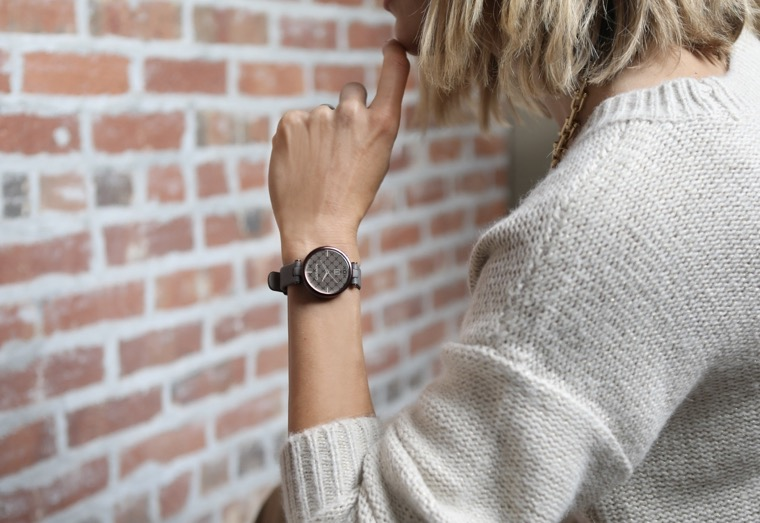 Lily Classic Smartwatches