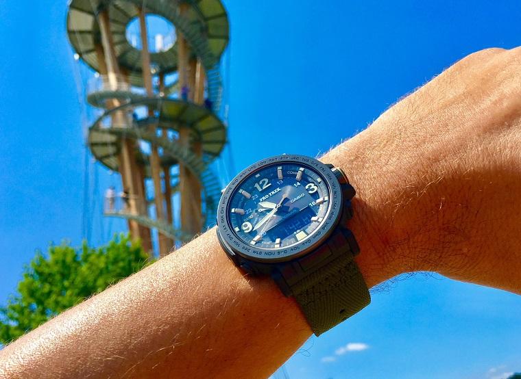 Casio Pro Trek Armbanduhr